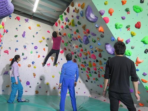 ボルダリング用の壁